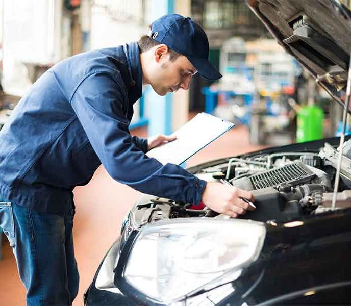 5 tips for retaining quality auto technicians